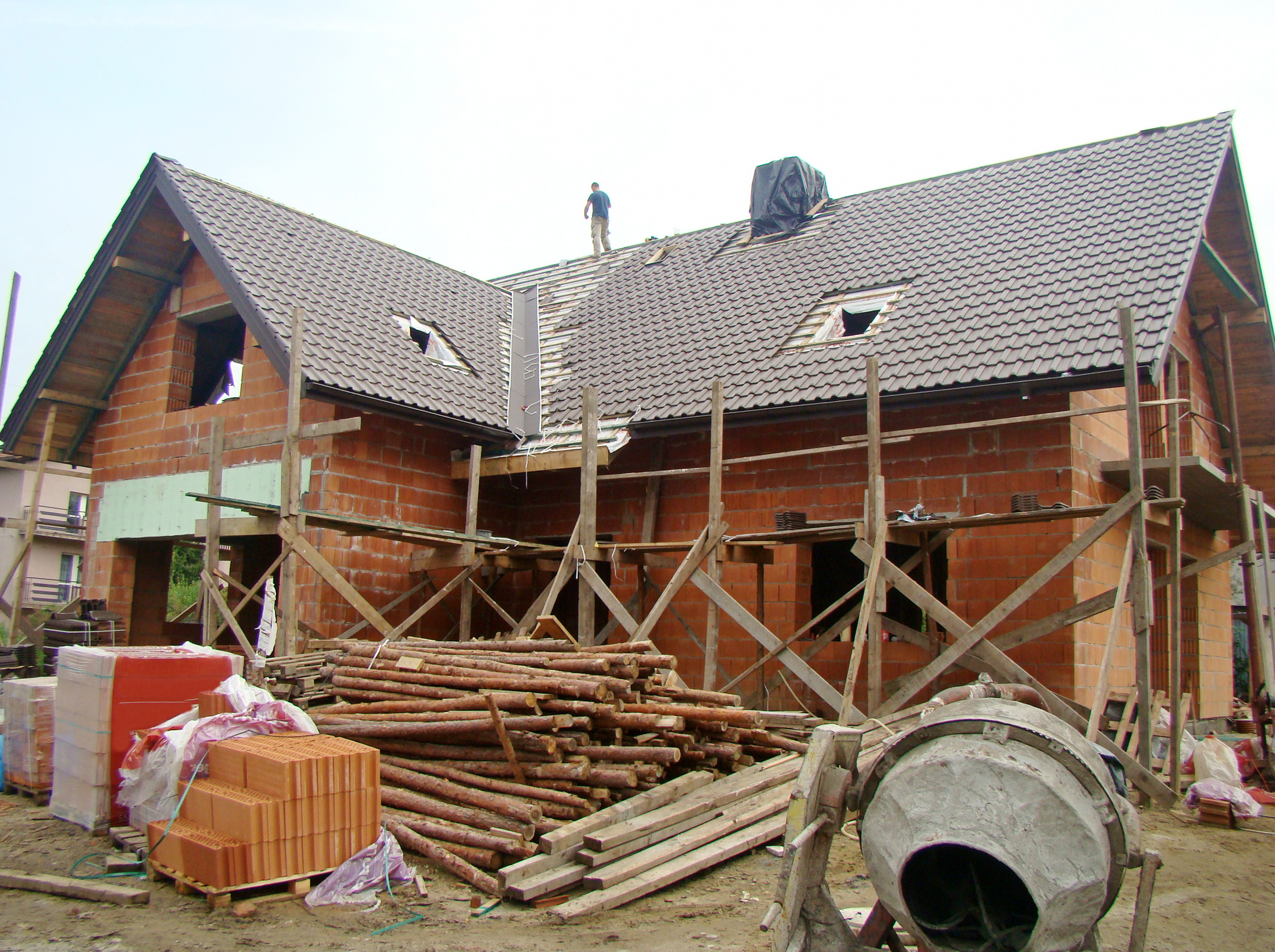 shutterstock_165123551 (Unfinished Building Works)