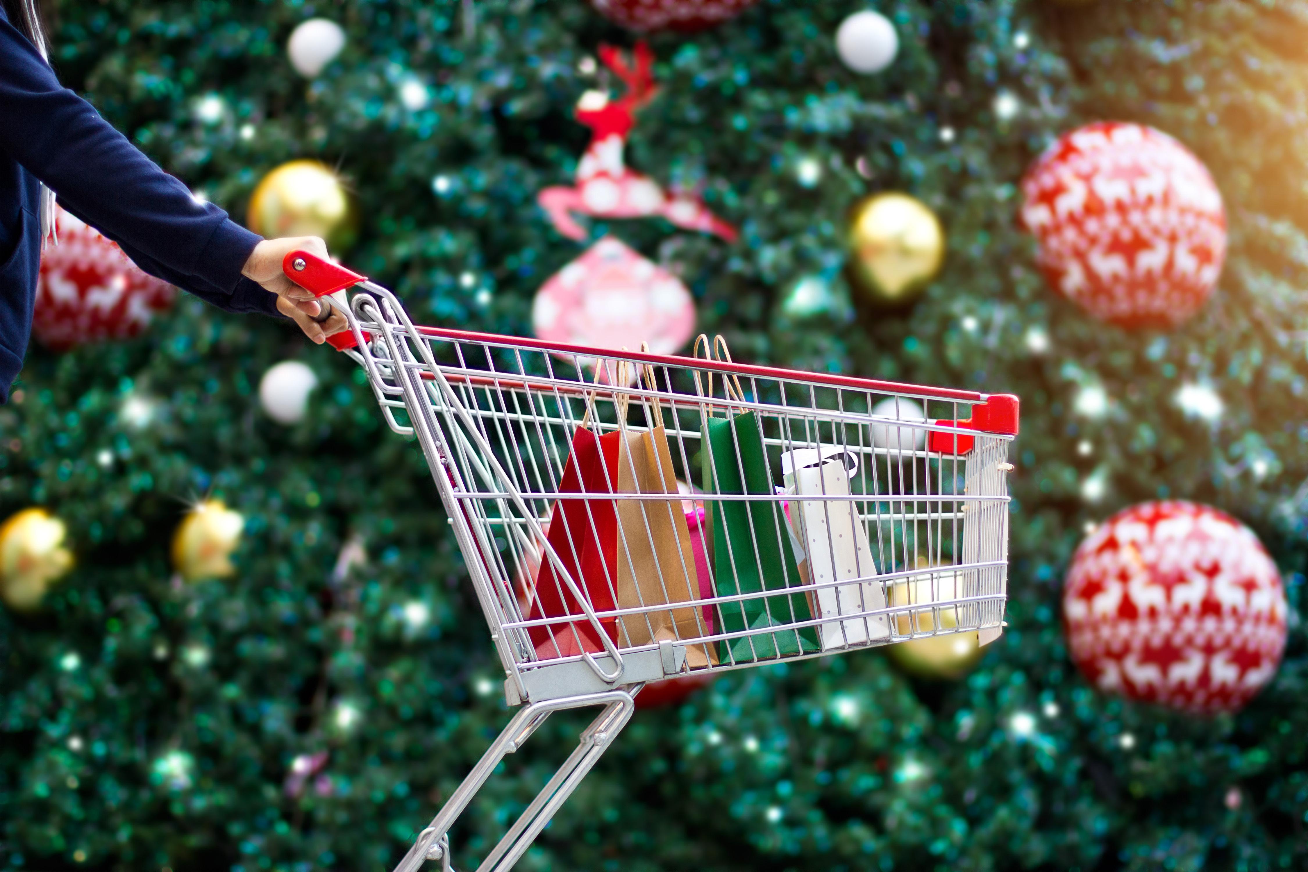 shutterstock_757967008 (Christmas, Shopping)